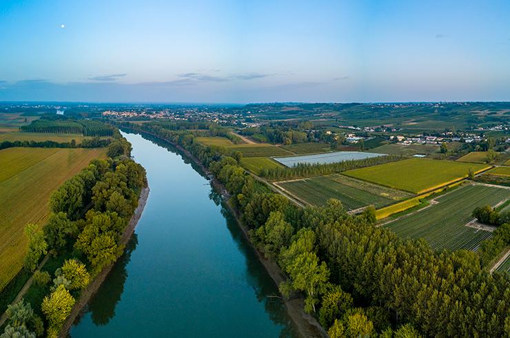 L'AOC Côtes du Marmandais s'installe sur les deux rives de l'estuaire de la Garonne